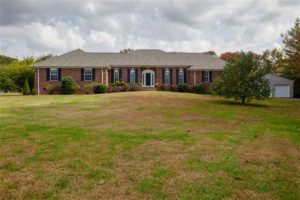 81 Oak Valley Dr Spring Hill, TN 37174